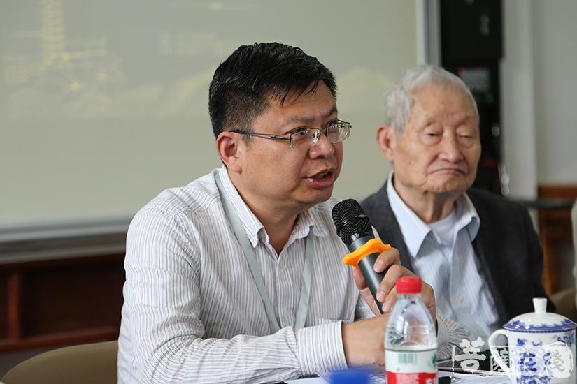 南京市民族宗教事务局副局长纪勤对专家学者、工作人员致以诚挚的谢意(图片来源:菩萨在线 摄影:慧恒)
