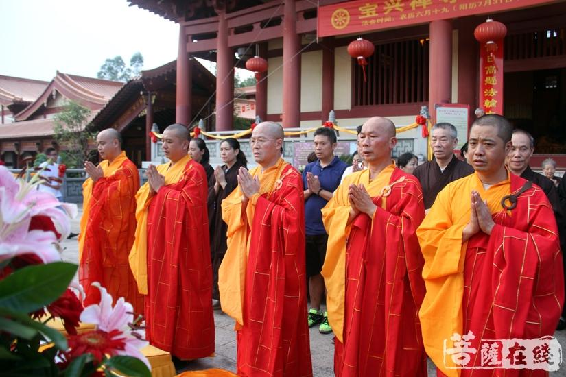 五位金刚上师(图片来源:菩萨在线 摄影:妙文)