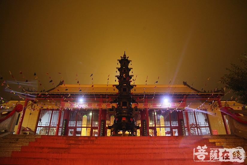 极灵寺(图片来源:菩萨在线 摄影:慧德)