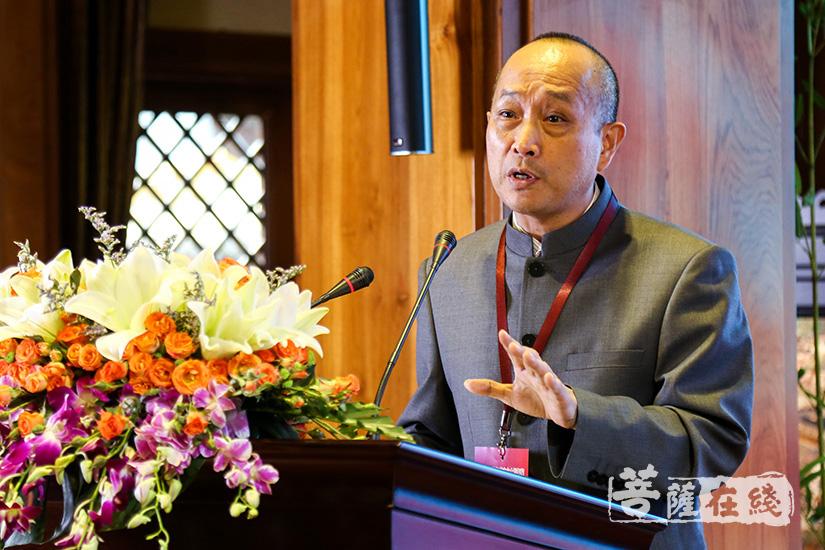 华南农业大学教授何方耀发言(图片来源:菩萨在线 摄影:果仁)