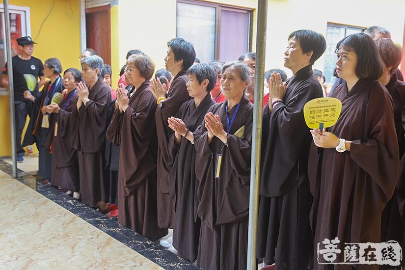 同沾法喜(图片来源:菩萨在线 摄影:妙澄)