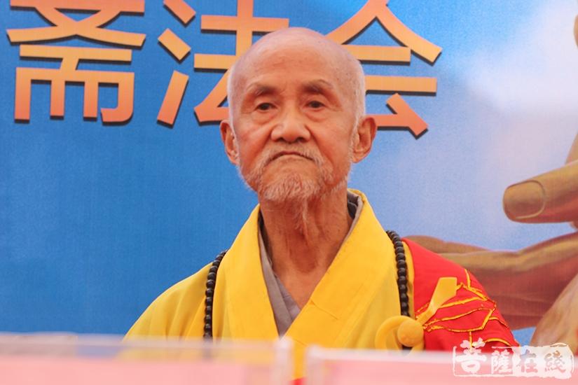 宜秀区佛教协会名誉会长意求长老(图片来源:菩萨在线 摄影:妙澄)