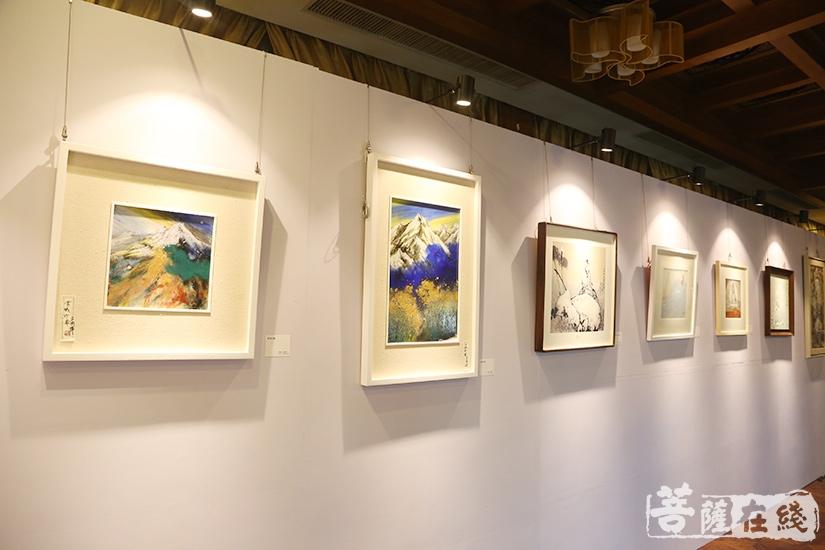 陶艺展览(图片来源:菩萨在线 摄影:妙言)