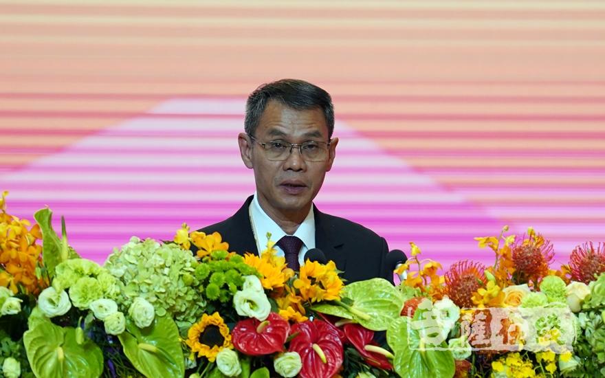 印度佛教遗址发展委员会主席阿文德·阿洛克博士大会发言(图片来源:菩萨在线 摄影:妙雨)