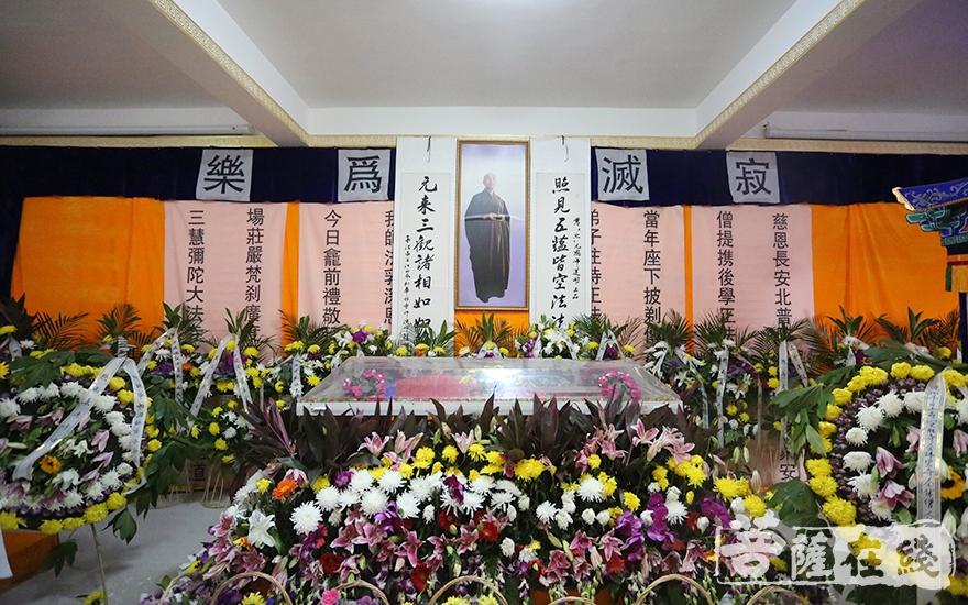 辽宁省佛教协会名誉会长、沈阳市佛教协会会长照元长老安详示寂(图片来源:菩萨在线 摄影:妙静)