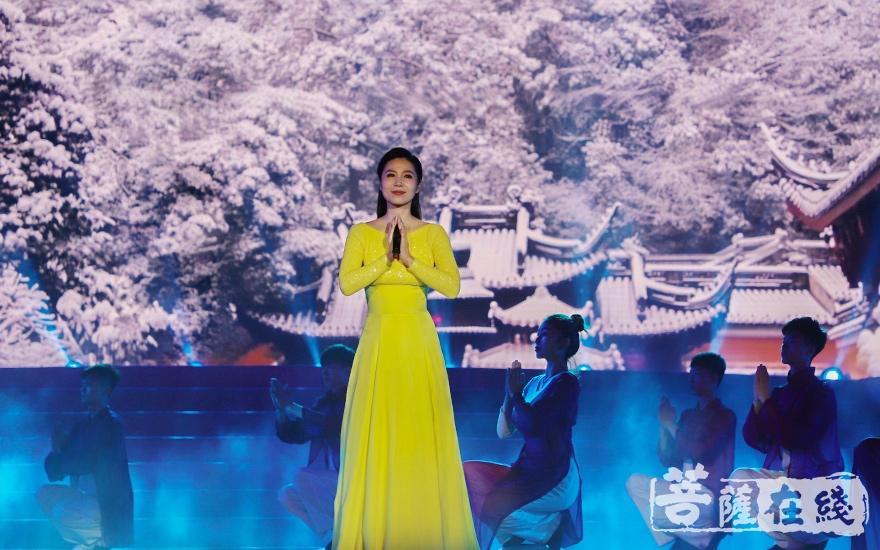 歌曲《雪窦山》(图片来源:菩萨在线 摄影:妙澄)
