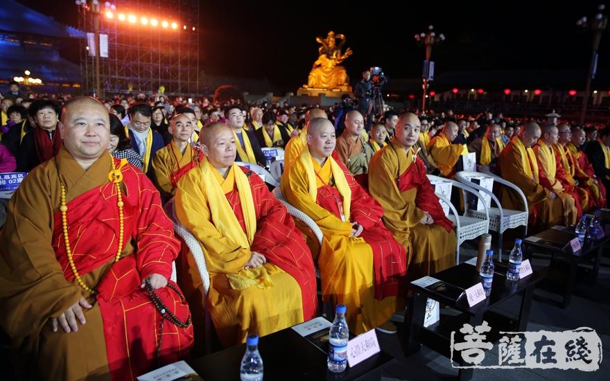 出席开幕式的大德法师(图片来源:菩萨在线 摄影:妙雨)