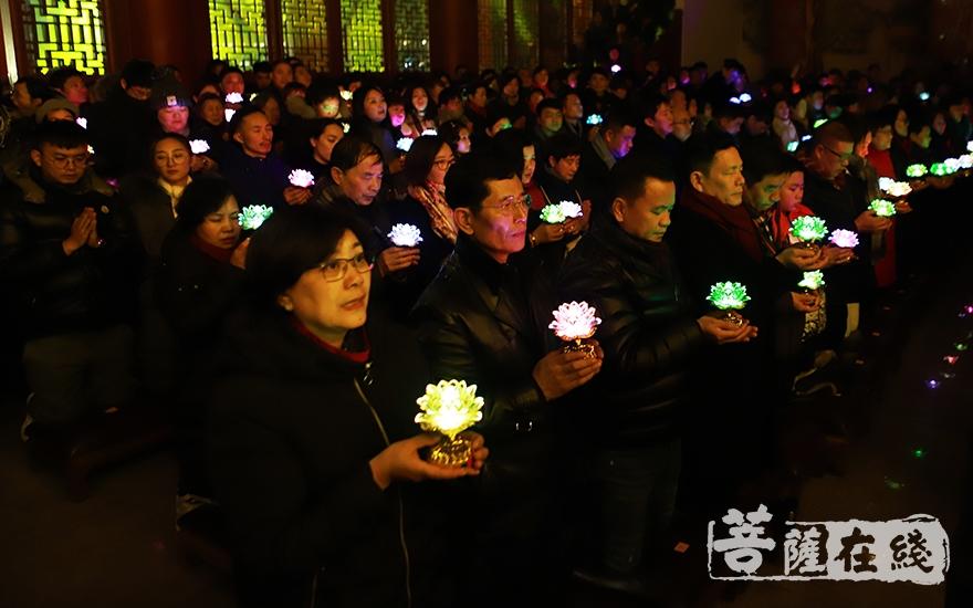 祈愿新年如意安康(图片来源:菩萨在线 摄影:妙言)