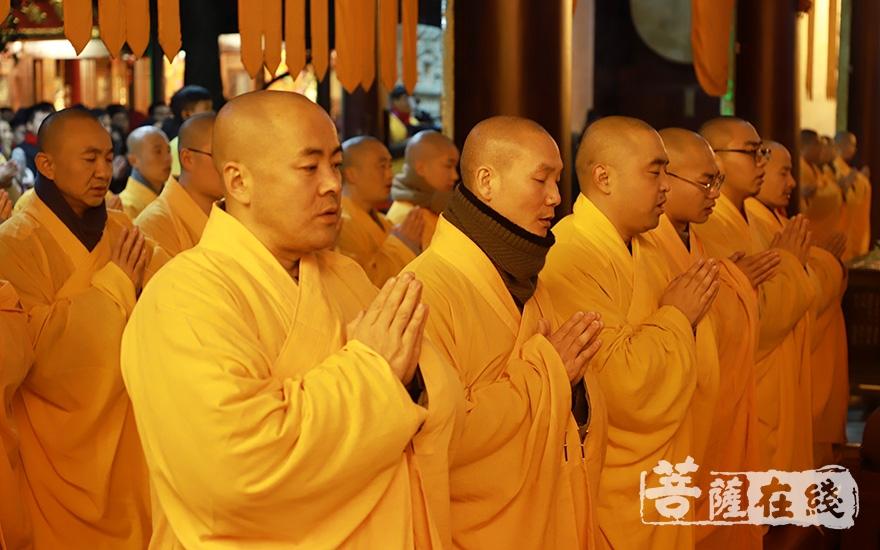 祈愿六时吉祥、世界和平(图片来源:菩萨在线 摄影:妙澄)