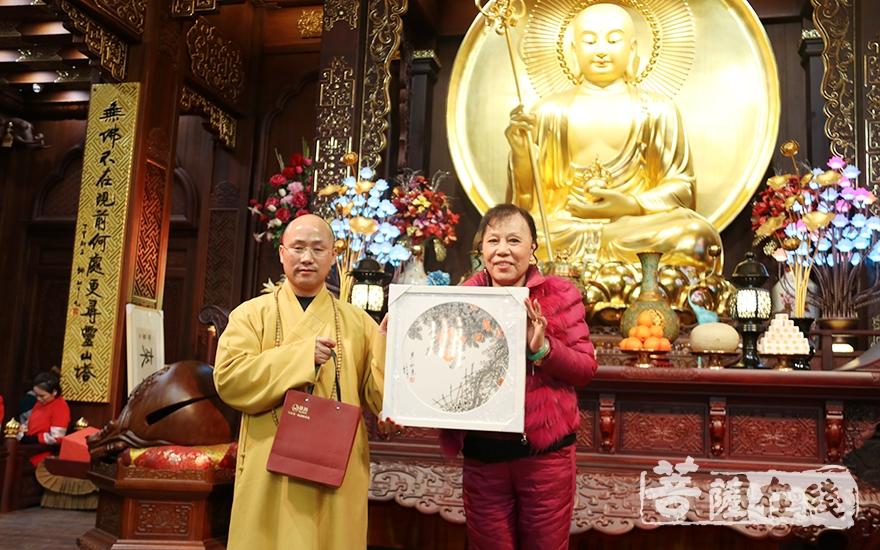 一等奖获得者(图片来源:菩萨在线 摄影:妙月)
