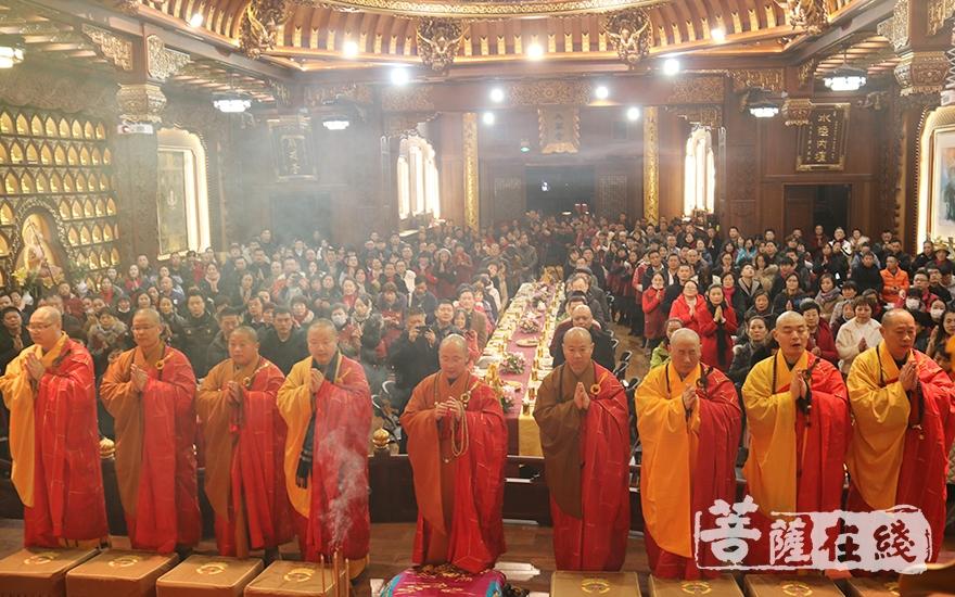 9位主法法师(图片来源:菩萨在线 摄影:妙月)