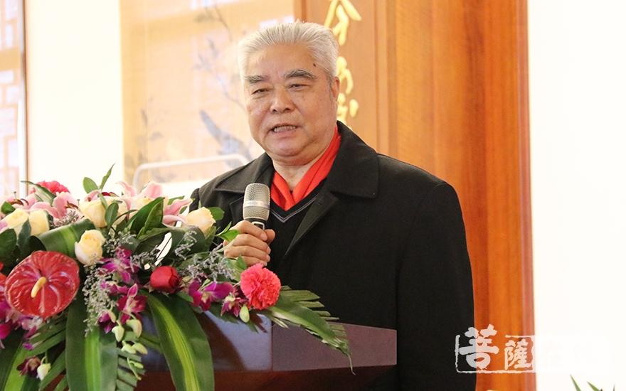 福建省佛教慈善协会顾问张学梅致辞(图片来源:菩萨在线 摄影:妙月)
