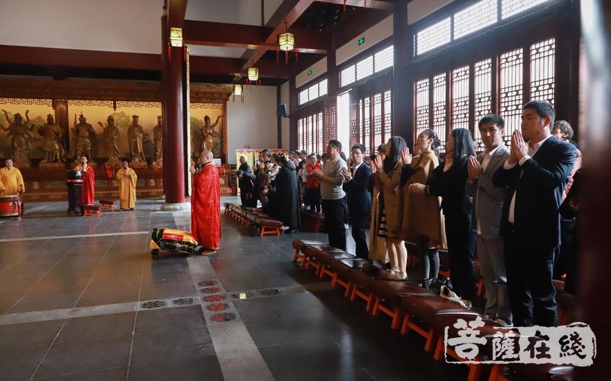欢喜天圣像奠基法会(图片来源:菩萨在线 摄影:妙澄)