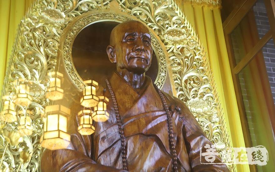 佛源老和尚(图片来源:菩萨在线 摄影:妙甜)