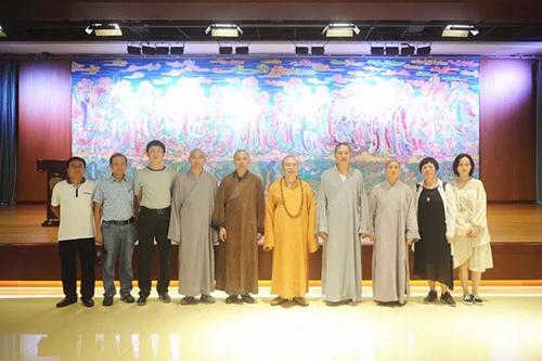 广东省佛教协会常务副会长耀智大和尚一行参访七塔禅寺