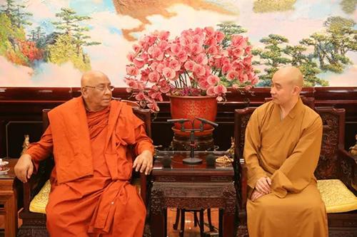 中佛协宗性副会长会见缅甸蒂达固大学校长阿信·南尼萨拉长老一行