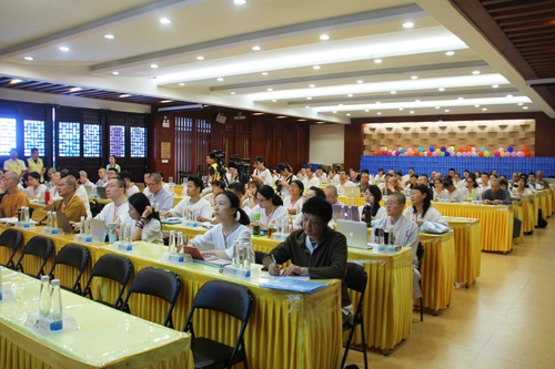 2018佛教英语培训班实训:翻译技巧与规范、中英校刊《坛经》前两品