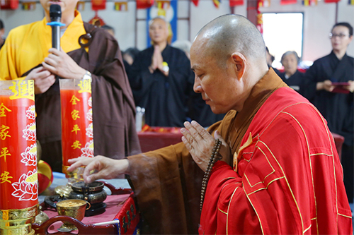 上海省殿禅寺举行三时系念法会