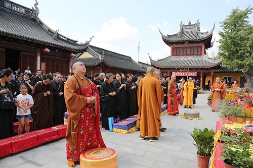 上海青浦天光寺塔刹安奉仪式圆满