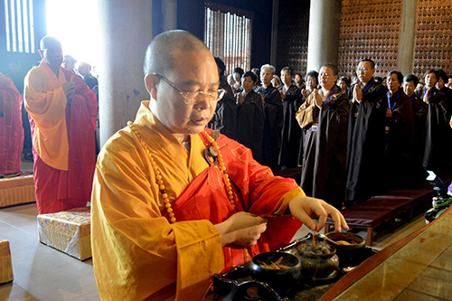 广州华严寺举行建寺二十周年庆典
