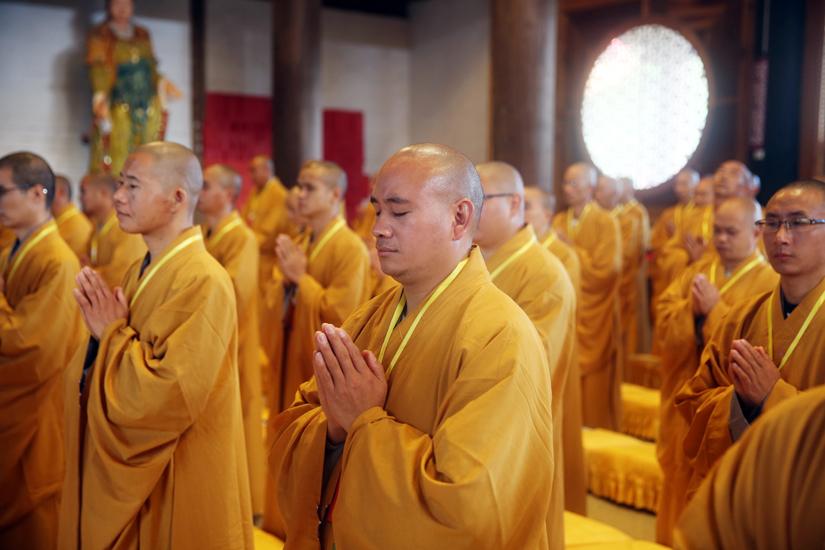 昆明宝泉寺三坛大戒法会之新戒初见、过毗尼仪式