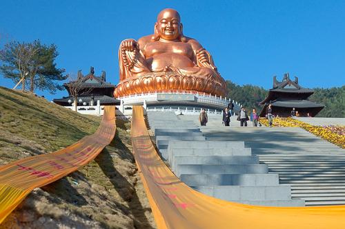 弥勒造像艺术——佛教中国化的物化表现