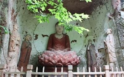 川西南著名佛教勝地 中巖·德云寺