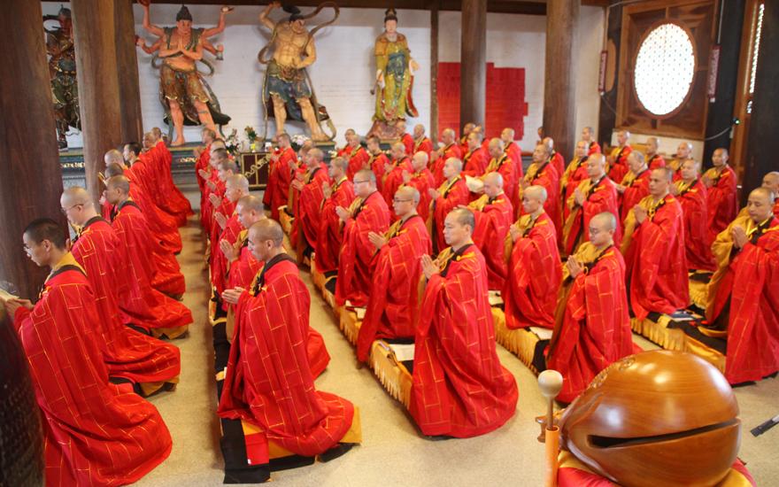 【高清图集】昆明宝泉寺举行三坛大戒法会之正授菩萨戒仪式