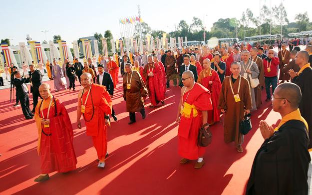 【高清图集】盛况空前 第五届世界佛教论坛55个国家代表嘉宾入场