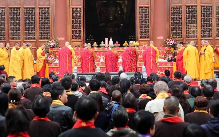 【高清图集】上海隆庆寺三期工程钟鼓楼、东西配殿上梁祈福法会圆满