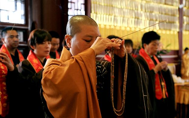 上海龙音寺举行己亥年清明祈福法会