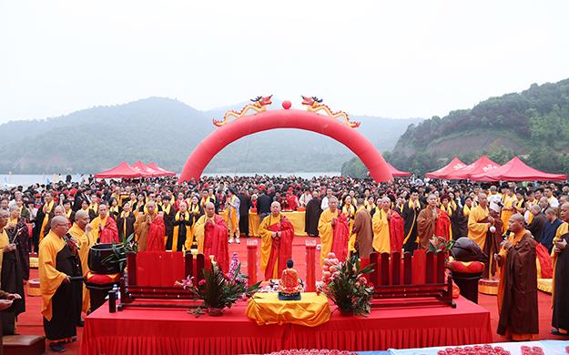 中国法眼宗祖庭崇寿禅院举行上梁祈福法会