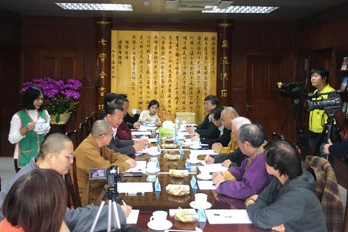 菩萨快报:三语系座谈会:承古人使命扬中国佛教