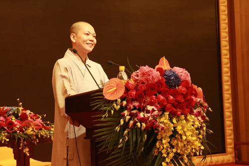 上海佛教讲经交流会  奉贤区佛协体添法师宣讲《如何利益众生》