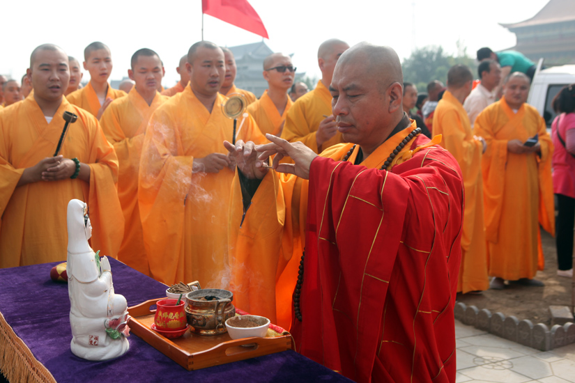 【高清图集】恰逢国庆佳节 河北普光寺地藏禅院佛像喜迎开光