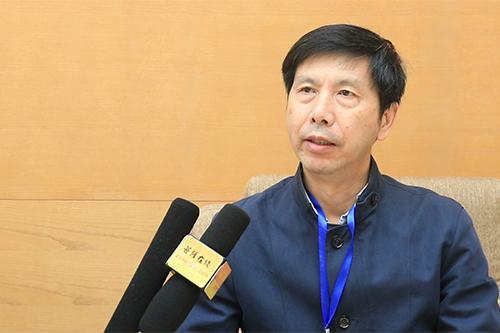 """中国东南大学董群教授谈会议主题""""《般若经》与东亚佛教""""对未来学术的影响"""