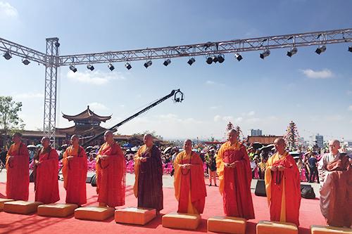 直播回顾:澄迈金山寺举行海南药师佛·长寿文化节