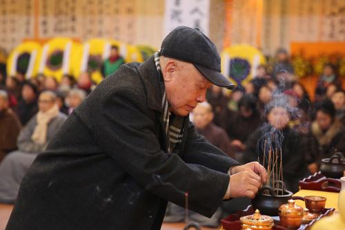 佛法在人间 悟道在日用——杨曾文教授追忆一诚长老