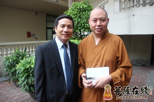 参法师一行访问越南 与青年媒体人座谈