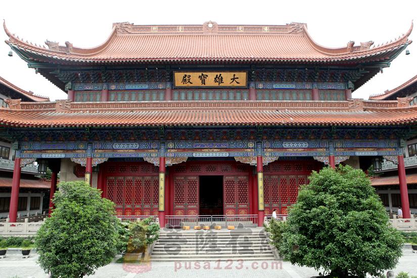 高旻寺大雄宝殿(图片来源:菩萨在线 摄影:妙梵)