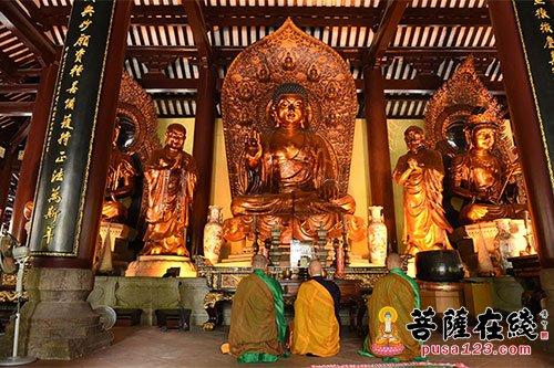 日本阿含宗代表团一行11人参访广州光孝寺