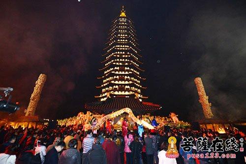 常州天宁禅寺举行第十届除夕听钟声祈福活动
