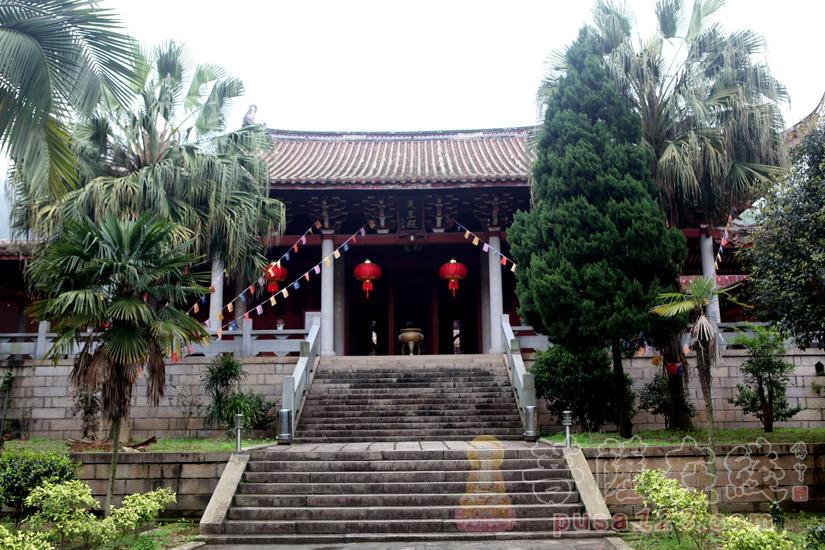 天王殿(图片来源:菩萨在线 摄影:妙梵)