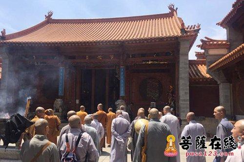 重庆佛学院一行参访宝华寺 共同致力于僧才培养
