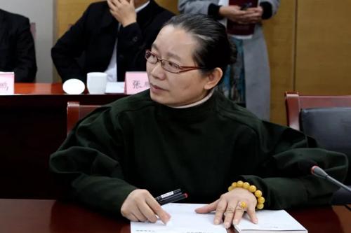 山东省普觉公益基金会理事长姜小鸿女士参加座谈会