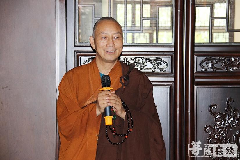 福慧寺首座分享心得体会(图片来源:菩萨在线 摄影:妙月)