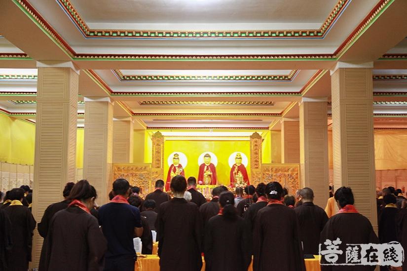 内坛法事是整个法会与四圣六凡交流的枢纽(图片来源:菩萨在线 摄影:妙澄)