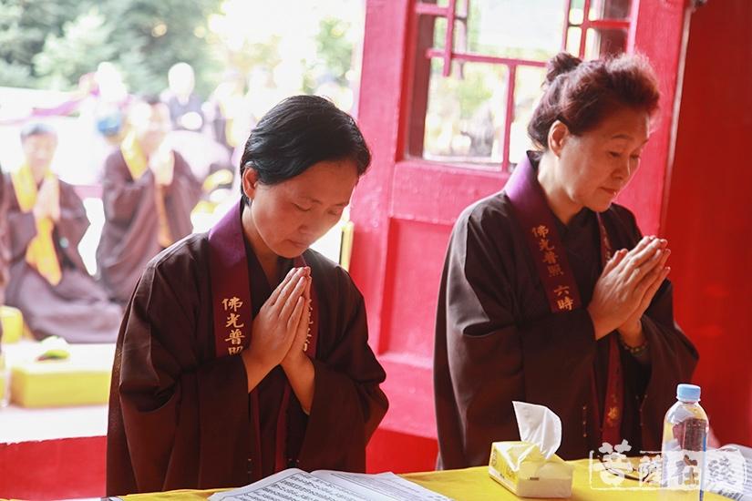忏悔是佛教修行的第一步(图片来源:菩萨在线 摄影:妙澄)