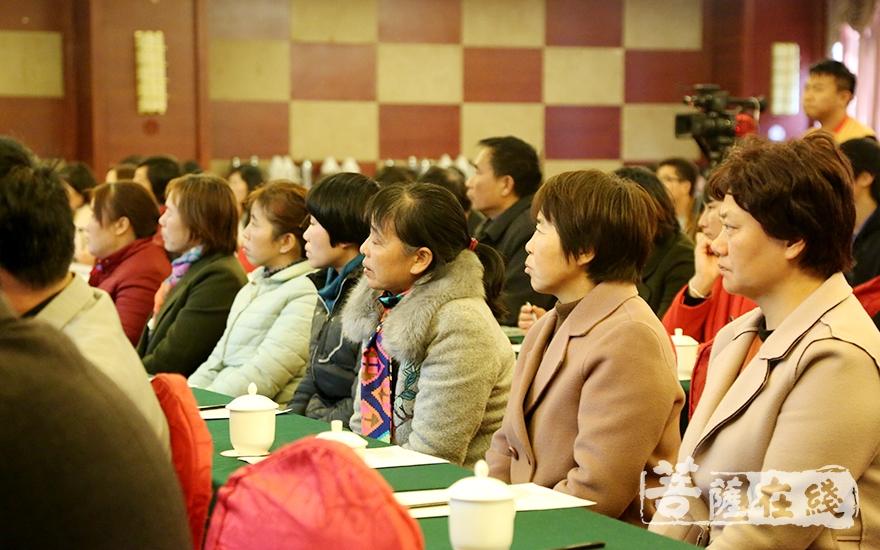 本届论坛旨在研究、整理和弘扬禅宗文化,促进禅文化的推广与交流、提升学术研究之质量(图片来源:菩萨在线 摄影:妙静)