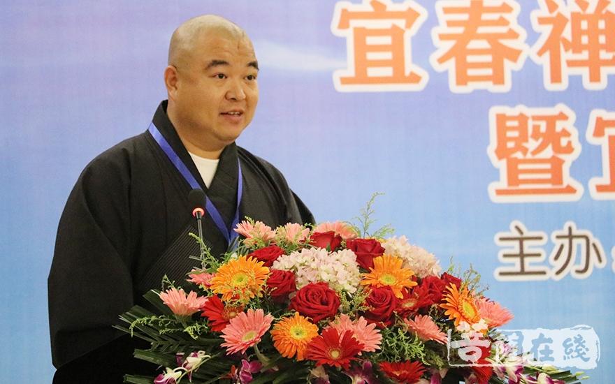 圣愿法师表示宜春市佛教协会将以文化基地为平台(图片来源:菩萨在线 摄影:唐雪凤)